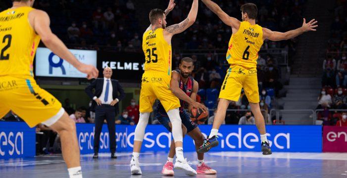 El Lenovo Tenerife logra una victoria gracias a su coraje en Vitoria (65-71)