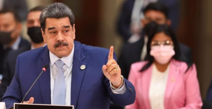 """Maduro enviará una carta a Felipe VI para que pida perdón por el """"genocidio"""" en América"""