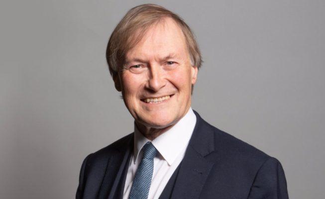 Muere apuñalado un diputado británico durante un encuentro en Essex