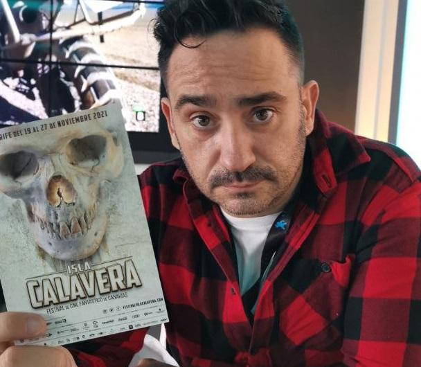 J. A. Bayona, el director de El orfanato y Lo imposible, manda saludos al público del Festival de Cine Fantástico de Canarias Isla Calavera.