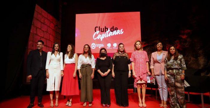 Candelaria acoge el estreno del Club de Capitanas, empresarias de éxito