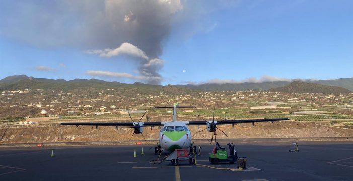 Hasta 16 cancelaciones en el Aeropuerto de La Palma por la presencia de ceniza